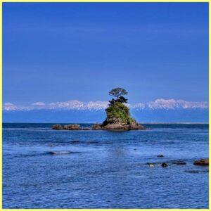 雨晴海岸の絶景画像