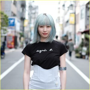 PORINポリンの青髪がかわいい画像