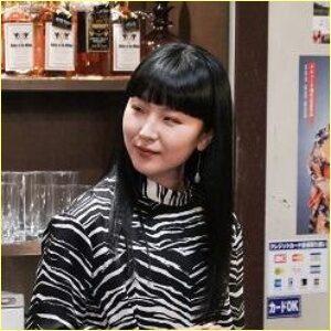 松田ゆう姫のスナックのママ姿